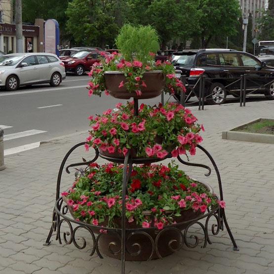 """Конструкция из вазонов для цветов уличная """"Каскад"""""""