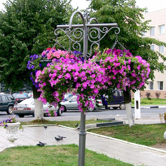 """Конструкция уличных вазонов для цветов """"Фонарь"""""""